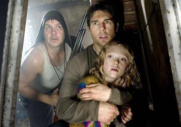 Tim Robbins, Tom Cruise, Dakota Fanning