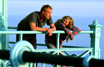 Kirsten Dunst and Paul Bettany